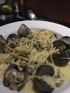 Italian Linguine w clams